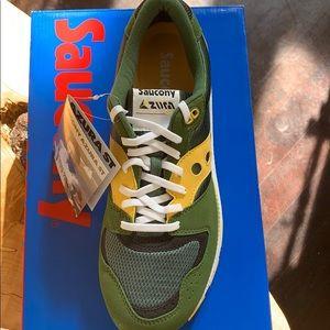 Men's Saucony sneakers size 11.5.